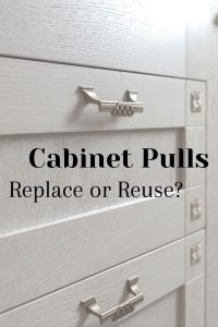 When you paint kitchen cabinets, you need to prep your cabinet pulls